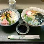 56211445 - 2016.4.13  海鮮丼定食