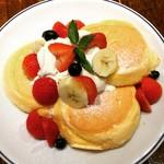 FLIPPER'S - フルーツパンケーキ