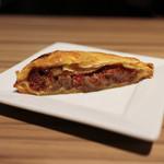スペイン食堂 Estoy lleno - 牛スジのガリシア風ミートパイ☆