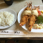 喫茶オリノ - 海老フライ定食全容