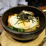 焼肉 山陽 - 石焼きビビンパ(810円)