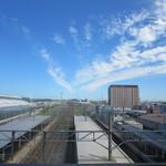 みなと食堂 - JR八戸駅からの景色