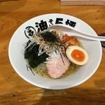 56220994 - 季節メニュー冷麺750円(写真はちょい辛)