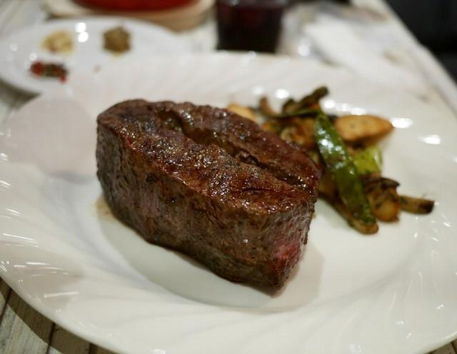 肉バル×世界の料理 バルバル>