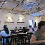 ロマーノ五反田 - 全100席の店内はあまり意味のない分煙