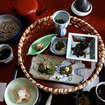 出羽屋 - 山菜籠膳2,484円