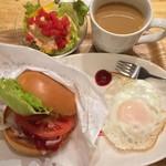 モスカフェ - BLTプレート 640円