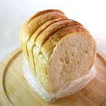薪焼きパン 小麦堂 - 玄米パン