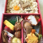日本ばし大増 - 料理写真:松茸ご飯弁当