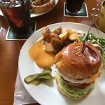 ザ・コーナーハンバーガー&サルーン -