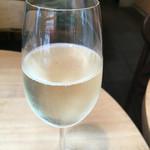 BISTRO THE FARM - ハウススパークリングワイン グラス