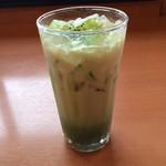 ドトールコーヒーショップ - 宇治抹茶ラテ。 Mサイズは税込390円。 うまし。