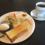 ANICE - ブレンドコーヒー380円とモーニング
