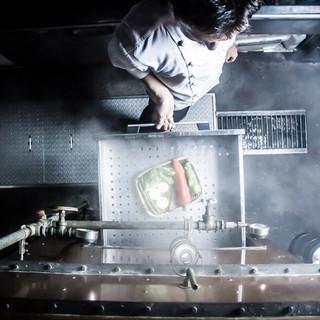 オリジナルの蒸し器を使用した『蒸気料理』