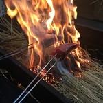 56240486 - タタキの藁焼き!