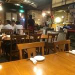 刀削麺 西安飯荘 - 店内雰囲気