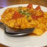 刀削麺 西安飯荘 - トマトと玉子の炒め お子様の味でなく、大人の味でした