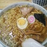 56248009 - ワンタン麺870円