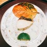 日本料理 太月 - 鰆塩焼き カボス添え       煮物2016-9