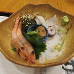 ぎょうざ工房 - 北海刺身盛合せ:水蛸、海老、烏賊のゴロ(肝)1