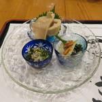 ぎょうざ工房 - 函館珍味色々盛合せ:烏賊の粕漬け、ツブ貝、鰊の酢漬け1