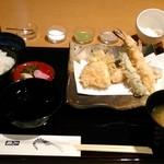 木挽町 天國 - [料理] 天ぷら御膳 (味噌汁椀 蓋を取った状態)¥2,808 全景♪w
