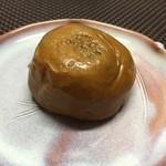 小池菓子舗  - 栗饅頭