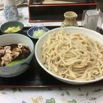 栄屋うどん店 - 肉汁うどん 大盛り \650