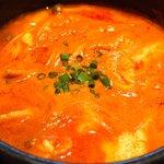 56259676 - 豚肉スンドゥブ 930円 の辛口味噌スープ