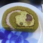 茶房 れん - 抹茶ロールケーキ