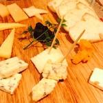 ボヌール - チーズ7種の盛り合わせ