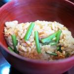 まめたん - 桜エビと花ニラの炊き込みご飯