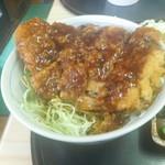 おおしも食堂 - ボリューム満点ソースカツ丼