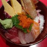 56269792 - ランチ 海鮮丼 980円