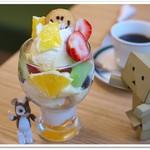 カフェ&パンケーキ gram - プレミアムパフェ