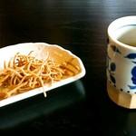 56274592 - 揚げ蕎麦と蕎麦茶