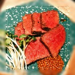 肉料理と大地の恵み ひなた - ローストビーフ(黒毛和牛)