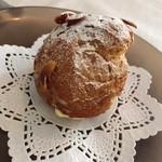 ハミングフルーツ - 料理写真:シュークリーム