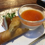 中華料理 頤和園 - サクサクの春巻きとキャラメル杏仁と無花果