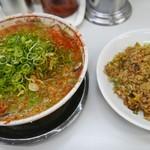 タンポポ - チャーシューメン、炒飯