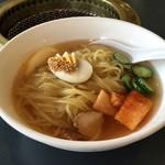 雲龍 - 冷麺(780円)