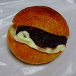 クワエベーカーズ - 料理写真:あんバター178円(税別)