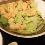 an牛 - パリパリ豆腐サラダ(520円)