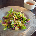 サウス パラダイス - ランチのサラダ、スープ