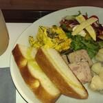 ザ カップス - お野菜とパンのランチ☆ドリンク付きで1500円くらい彡