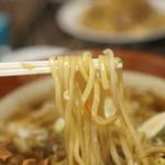 妙光食堂 - 麺のアップ