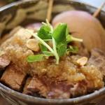 ネマルカフェ - 牛ステーキ丼