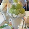 スクスクカフェ - 料理写真:シャインマスカットパフェ&桃パフェ