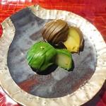 辻利兵衛本店 - 芳醇な和栗のトリフュ。抹茶・焙じ茶