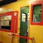 横川サービスエリア 上り スナックコーナー - 営業時間になると入れます